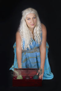 Spectacle cie du fati compagnie troupe théatre combat cascade cinéma jeu video cosplay show animation daenerys dragon dragons game of thrones